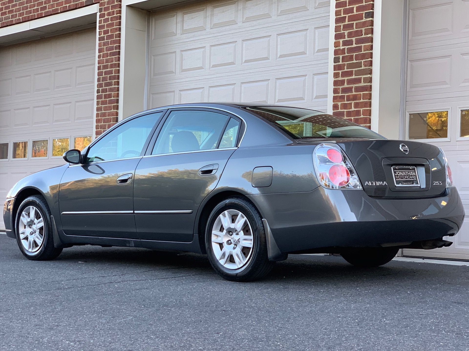 2011 nissan altima 2.5 s manual coupe